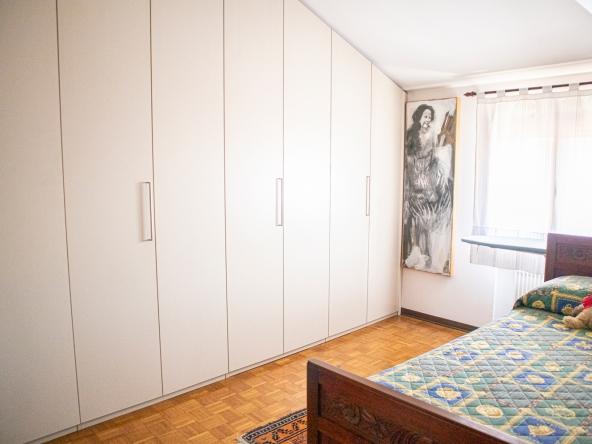 quinto-appartamento-aria-condizionata-videocitofono-porta-blindata (2)