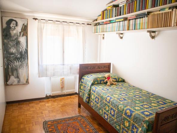 quinto-appartamento-aria-condizionata-videocitofono-porta-blindata (3)