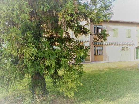 quinto-rustico-giardino-terreno-magazzino-garage(1)