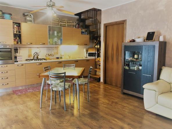 morgano-appartamento-giardino-terrazza-mansarda-garage (8)