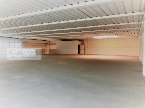 001__localedirezionale-areacomerciale-uffici-agenziaimmobiliare__3