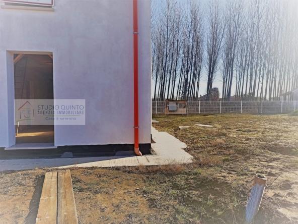 002__villa-duelivelli-moderno-nuovo-giardino-casabifamiliare__03_wmk_0