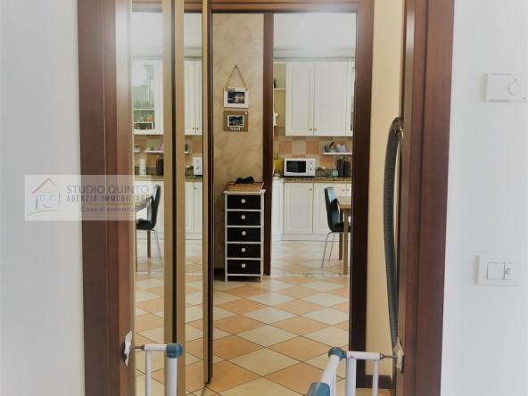 006__appartamento-tre_camere-_due_bagni-terrazzo-moderno__6