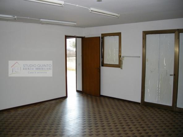 004__ufficio-negozio-centro-parcheggio-direzionale-commerciale__4